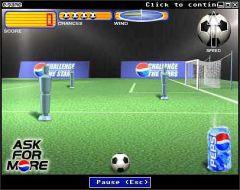Fotbalové šílenství začíná aneb Kulatý nesmysl v plných hrách