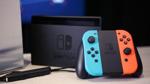 Nintendo stále nechce komentovat Switch Pro. Na hardwaru údajně pracuje neustále