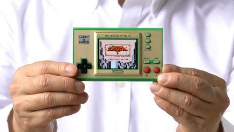 Nintendo oznámilo další Game & Watch. Malá konzole nabídne první hry ze série The Legend of Zelda