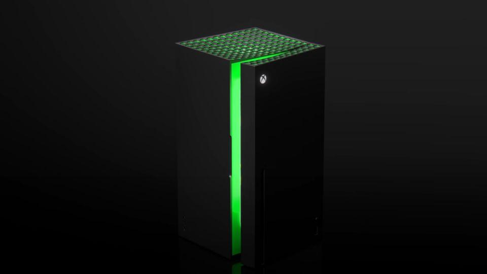 Nejzásadnější odhalení show Microsoftu? Minilednička Xbox!