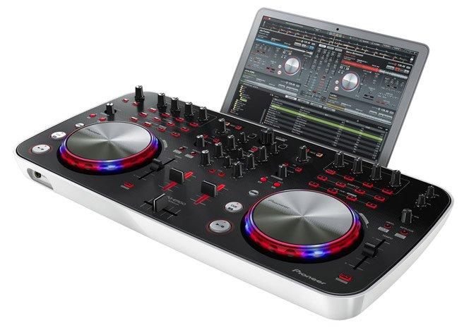 Mesa DJ da Pioneer permite você tocar em qualquer lugar