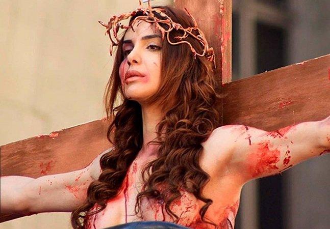 Modelo trans que desfilou  crucificada na Parada LGBT foi  novamente agredida em São Paulo