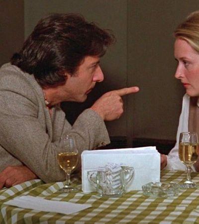 Meryl Streep diz que Dustin Hoffman colocou mão em seus seios sem consentimento em filmagem
