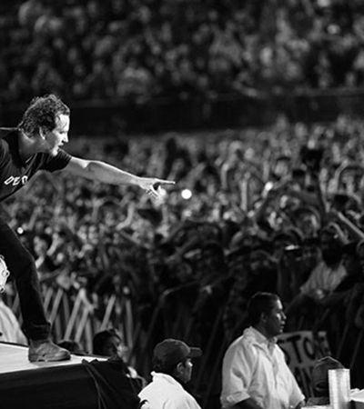 Eddie Vedder, do Pearl Jam, em show no RJ: 'Só homens fracos não apoiam as mulheres'