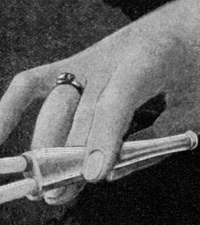 Os mais bizarros acessórios para fumantes do passado
