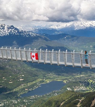 Resort no Canadá cria ponte de 130 metros a 2,5 mil metros de altura