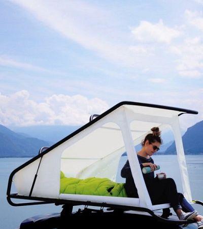 Esta tenda pop-up transforma qualquer carro em um trailer