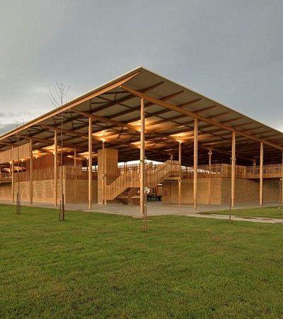 É do Brasil: Escola na Amazônia disputa prêmio internacional de arquitetura