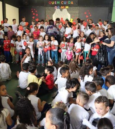 A maravilhosa escola que trocou o Dia dos Pais pelo dia do 'Quem Cuida de Mim'