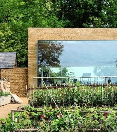 A academia mais 'good vibe' do mundo é toda de vidro e fica ao lado de uma horta