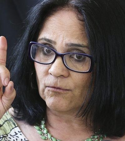 Após anunciar busca por match perfeito, Ministra Damares diz que 'ainda' não está no Tinder