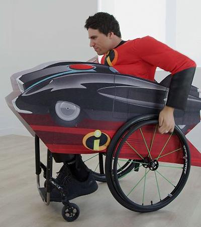 Disney revela coleção encantadora de fantasias para pessoas com deficiência