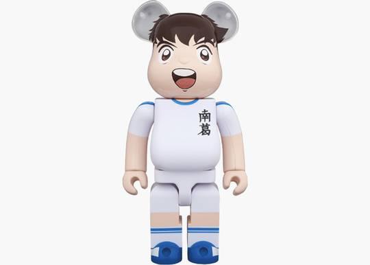 Bearbrick Captain Tsubasa 1000% White Hype Clothinga Limited Edition
