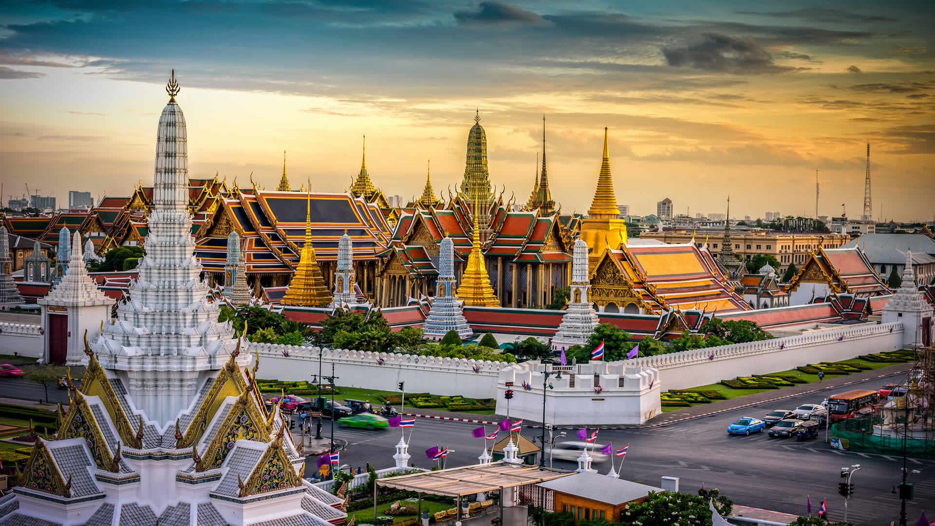 Thonburi Klongs & Grand Palace Morning Tour Thailand Booking with Lower Rate