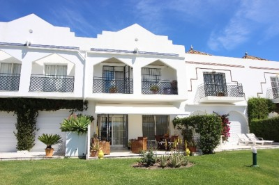 Townhouse For Sale In Aloha Golf, Marbella