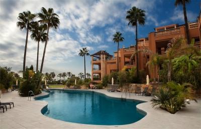 Frontline beach duplex penthouse for sale in San Pedro