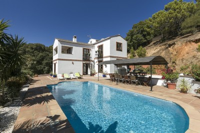 Country Home In Casares, Estepona