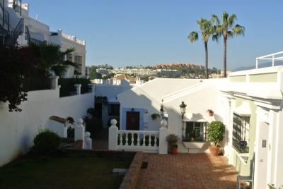 782110 - Apartment For sale in Aloha Pueblo, Marbella, Málaga, Spain