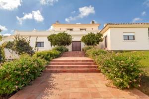 Villa Sprzedaż Nieruchomości w Hiszpanii in San Roque Golf Club, San Roque, Cádiz, Hiszpania