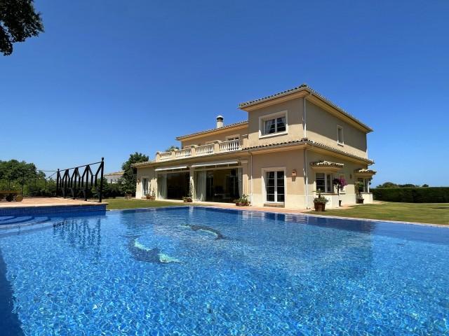 Villa zu verkaufen auf San Roque Golf Club, San Roque, Cádiz, Spanien
