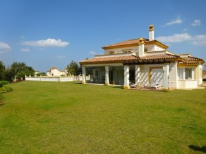 b2073 - Villa for sale in Golf San Roque, San Roque, Cádiz