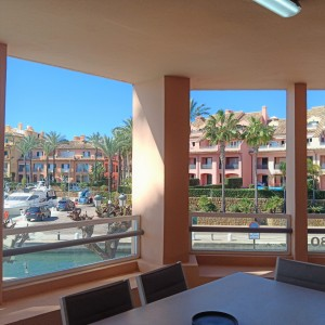 Apartment Sprzedaż Nieruchomości w Hiszpanii in Puerto de Sotogrande, San Roque, Cádiz, Hiszpania