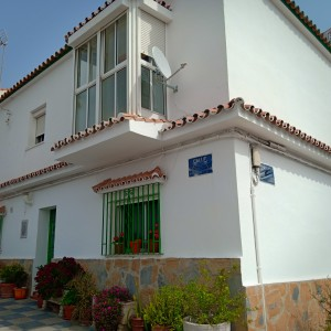 Village/town house for sale in Pueblo Nuevo, San Roque, Cádiz, Spain