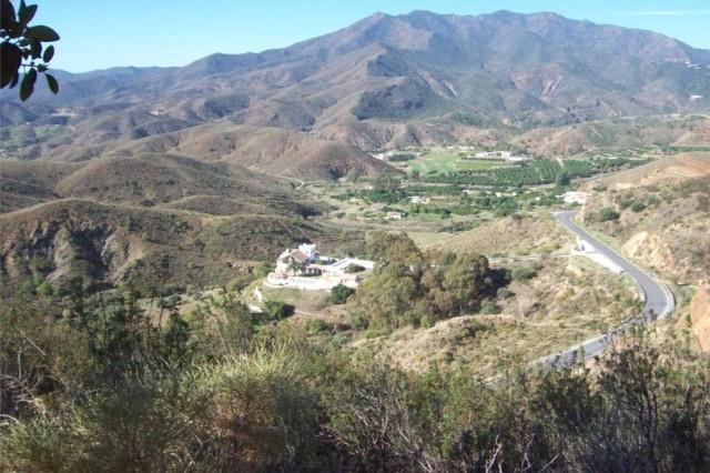 Villa & Mountains