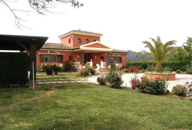 Villa for Sale Coín, Costa del Sol