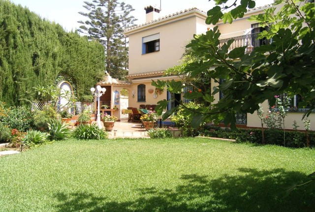 Villa for Sale Fuengirola, Costa del Sol