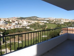 A3619a_1_Terrace and golf views