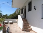1 entrance and terrace to the property