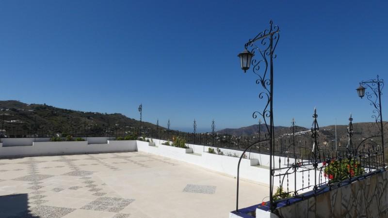 Forawrd terrace