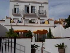 63546 - Hostal for sale in Nerja, Málaga, Spain