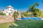 House gardens pool