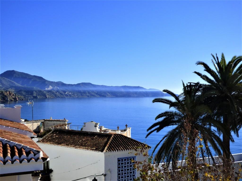 sea & montain views