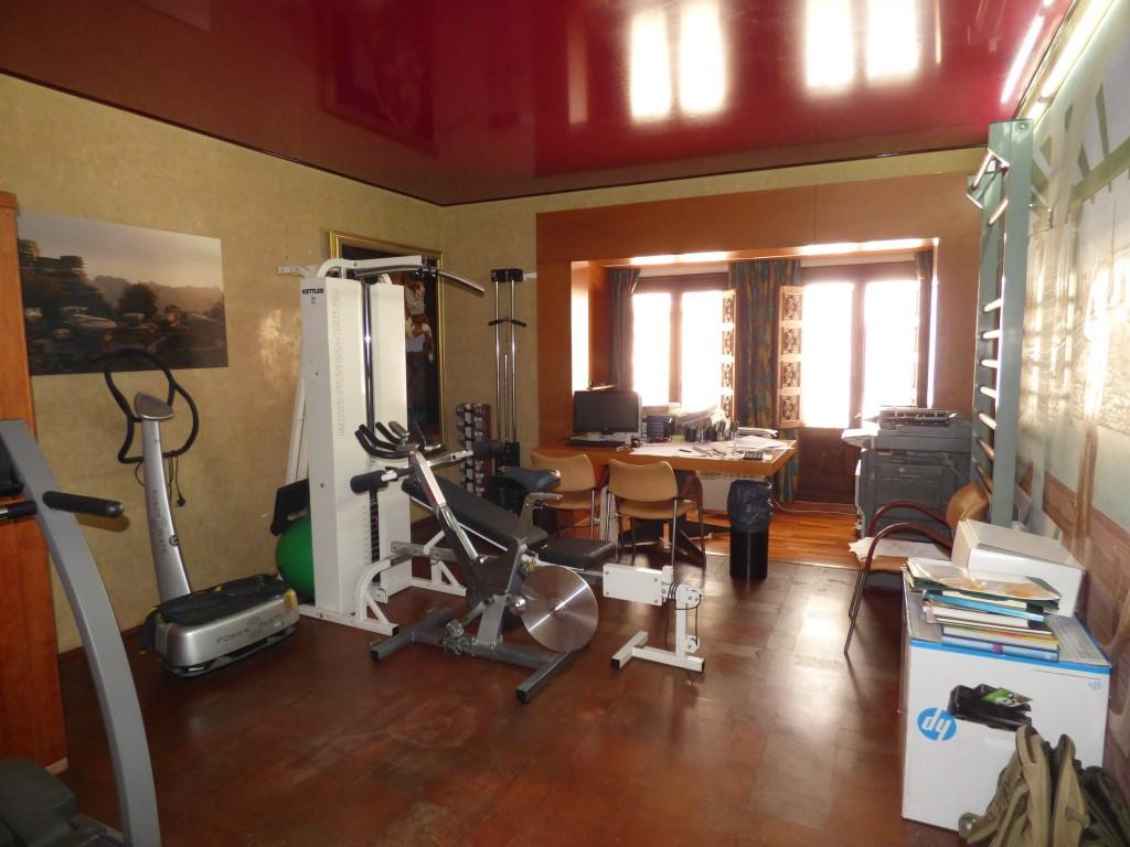sauna & gym