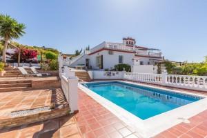 Detached Villa Sprzedaż Nieruchomości w Hiszpanii in Nerja, Málaga, Hiszpania