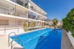 Apartment & pool