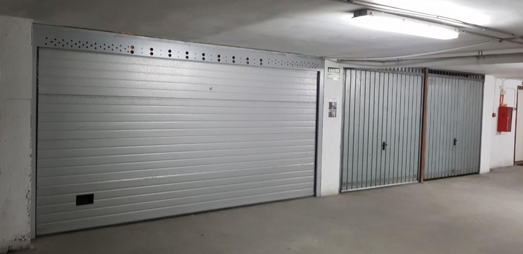 garage automatic door