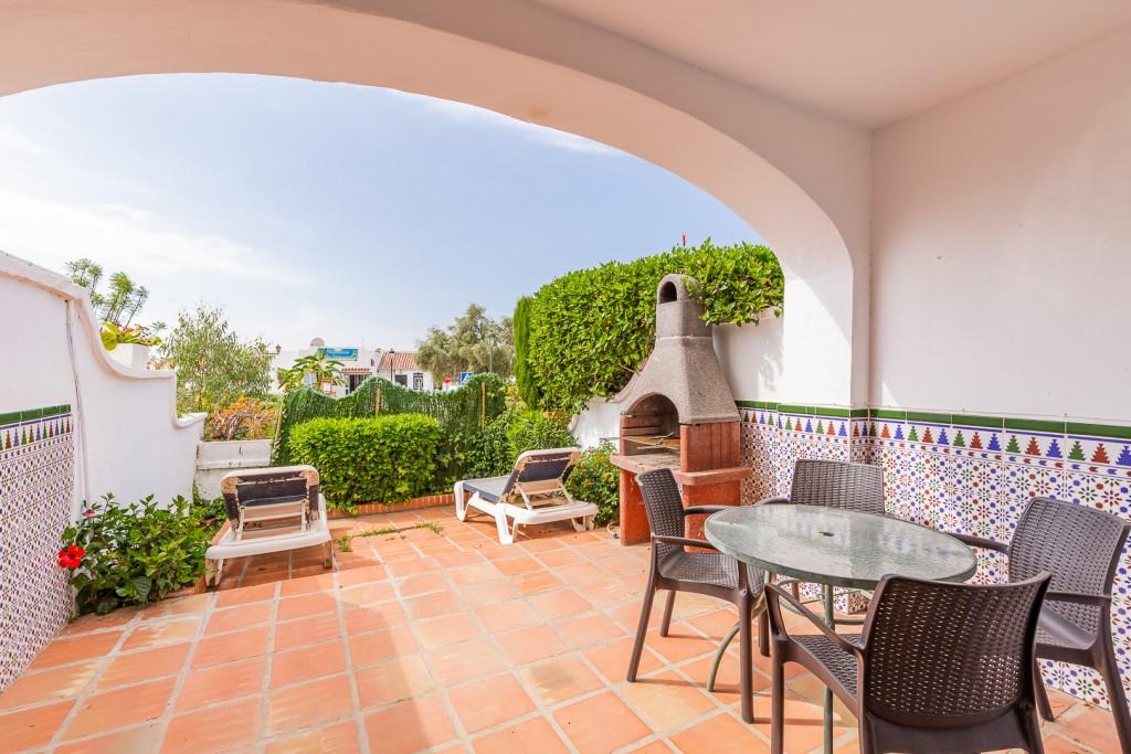 Lower terrace & Patio