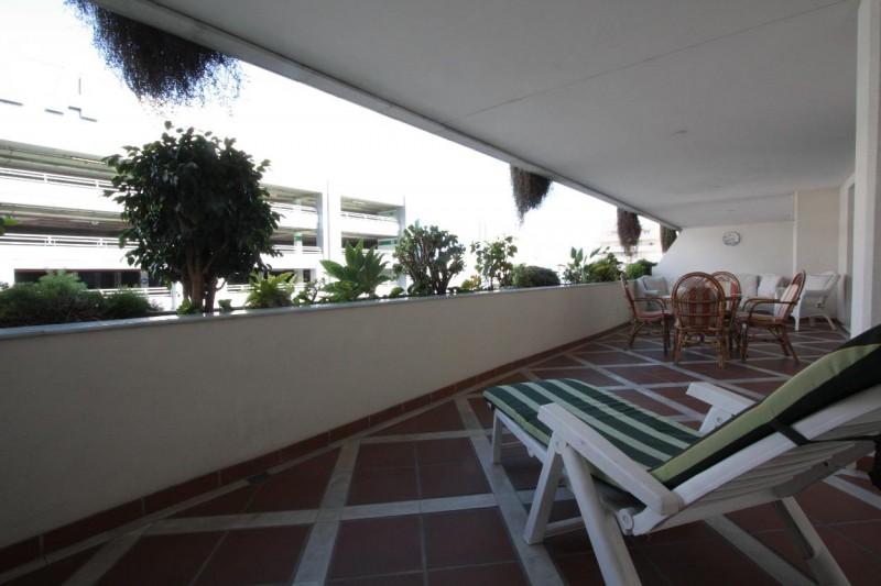 Terrace detail 1