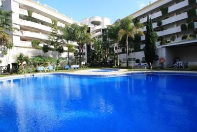 MMM3009M - Apartment For sale in Puerto Banús, Marbella, Málaga, Spain
