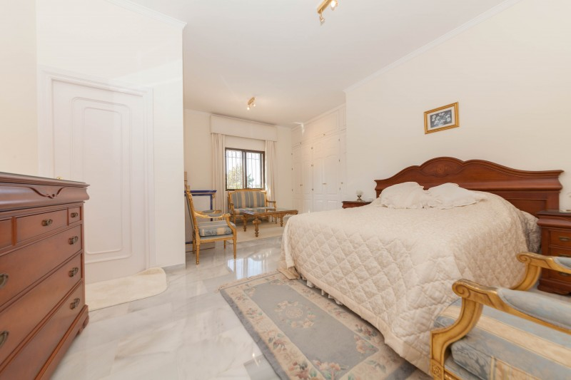 New-Golden-Mile-Luxury-Villa-Marbella-5