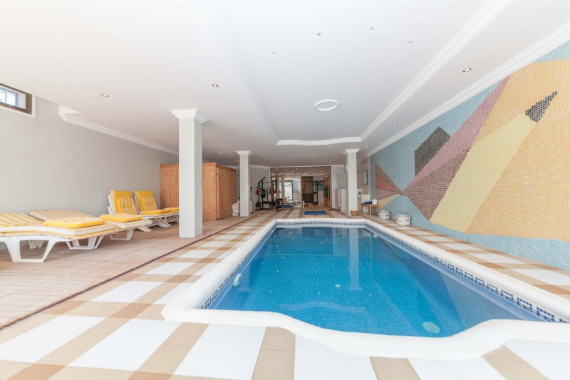 New-Golden-Mile-Luxury-Villa-Marbella-18