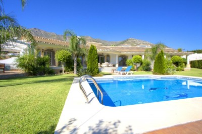 MMM3729M - Villa For sale in Valtocado, Mijas, Málaga, Spain