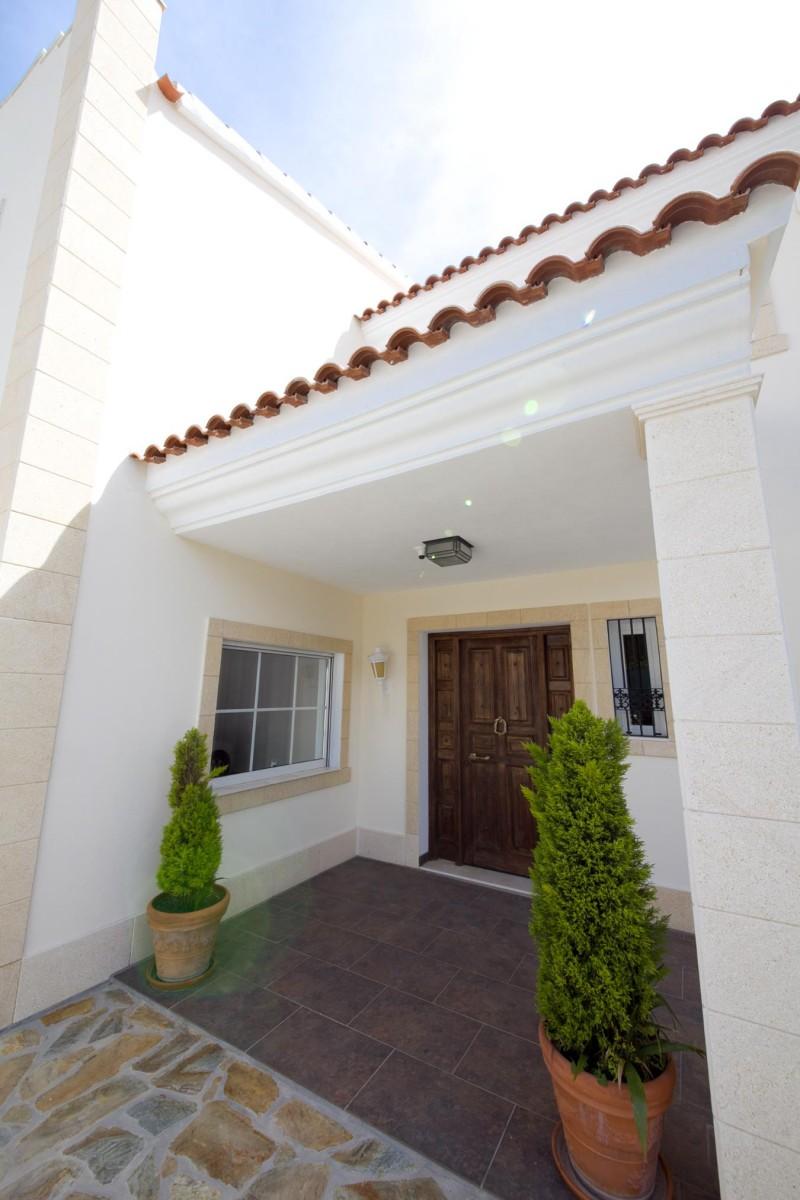 Entrance Villa Hacienda Las Chapas Marbella Costa del Sol