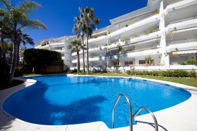 3 bedrooms, 3 bathrooms apartment for sale in Hoyo 15, Guadalmina Baja