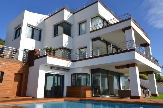 Luxury Villa Punta Paloma