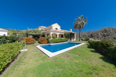 4 bedroom family villa for sale in Las Lomas de La Quinta, La Quinta Golf, Marbella